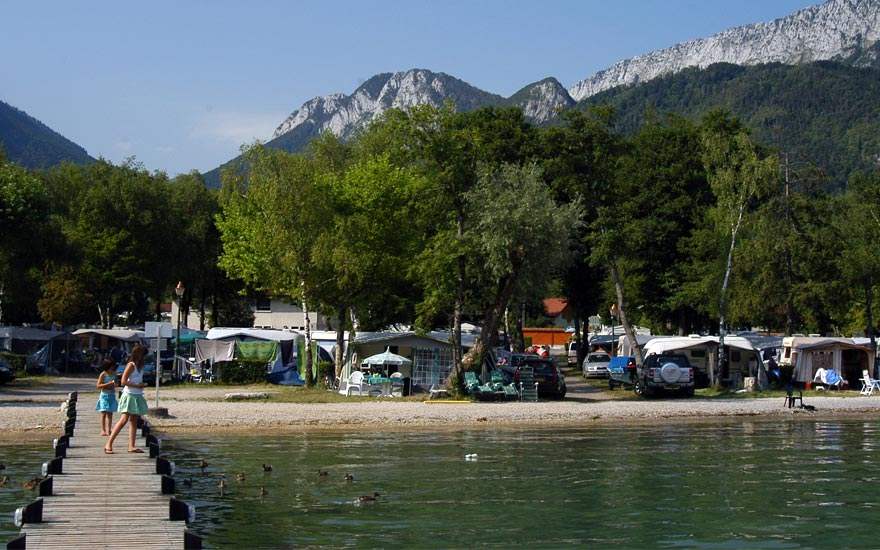 Camping annecy le lac bleu un hotel de plein air 5 toiles for Hotels all over the world